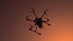 drone-en-vol-wefly-trottecocotte