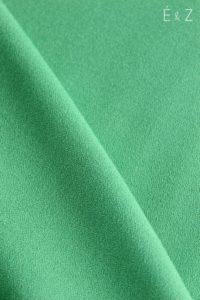 eglantineetzoe-crepe-polyviscose-vert-gazon-tissu-couture-habillement-diy-sewing-mode-coudre-vetements
