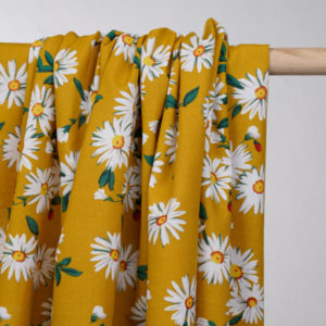 prettymercerie-tissu-coton-moutarde-a-motif-fleurs-marguerites